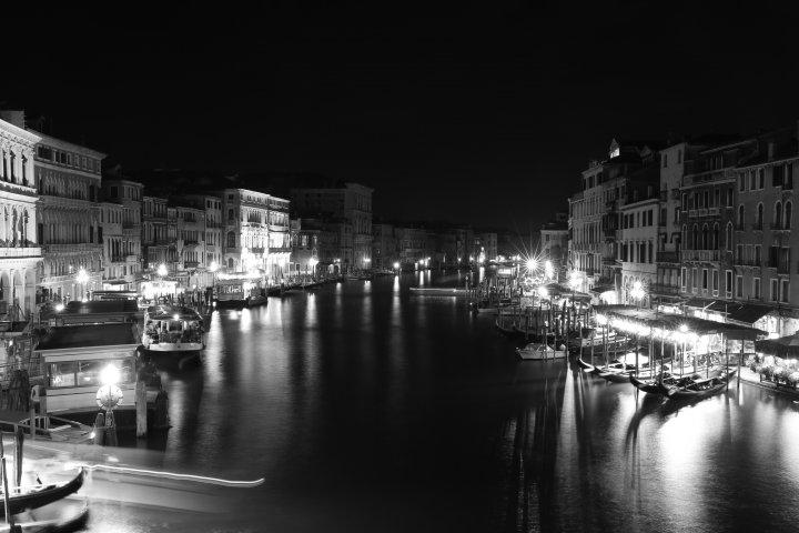 威尼斯的黑夜-2
