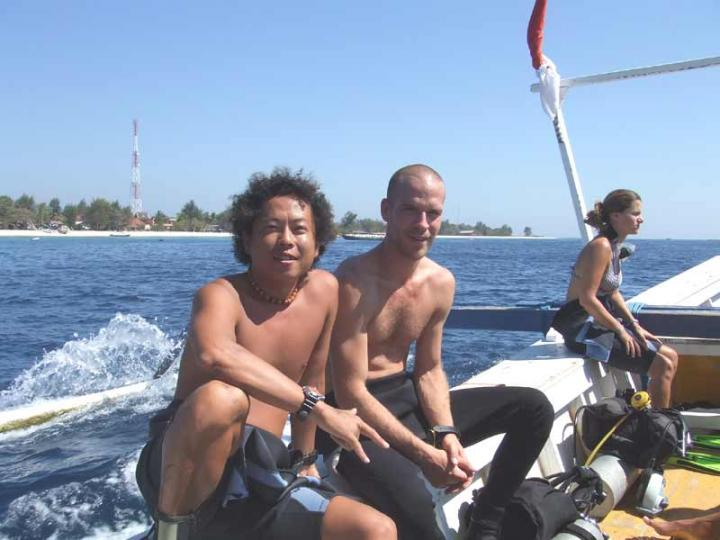 DIVING WITH MOVIE STAR !亡命快遞男主角